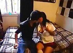 A Haciendo una porno con mi prima - Making a porn with cousin