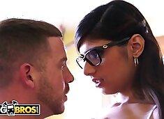 BANGBROS - Big Tits Arab Pornstar Mia Khalifa is Back and Hotter Than Ever!