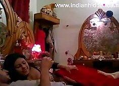 .com – indian honeymoon couple from lucknow hardcore sex